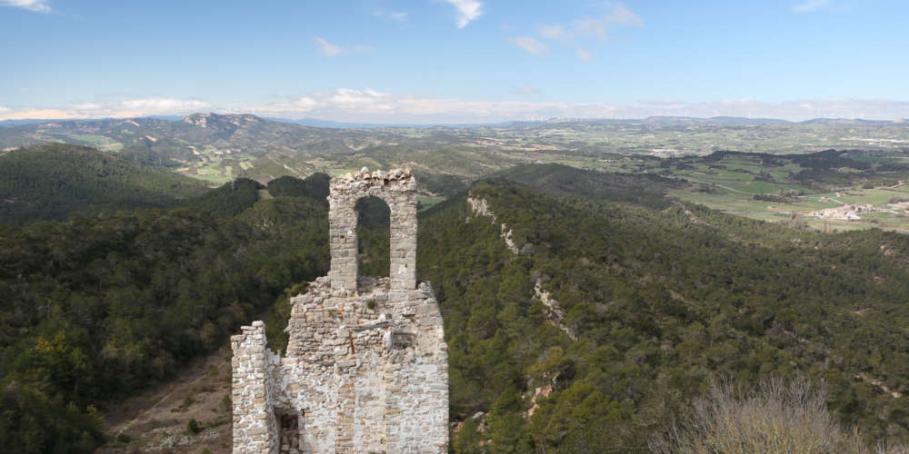 ANOIA LAND OF CASTLES