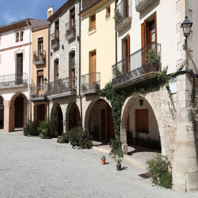 Plaça Major de La Llacuna