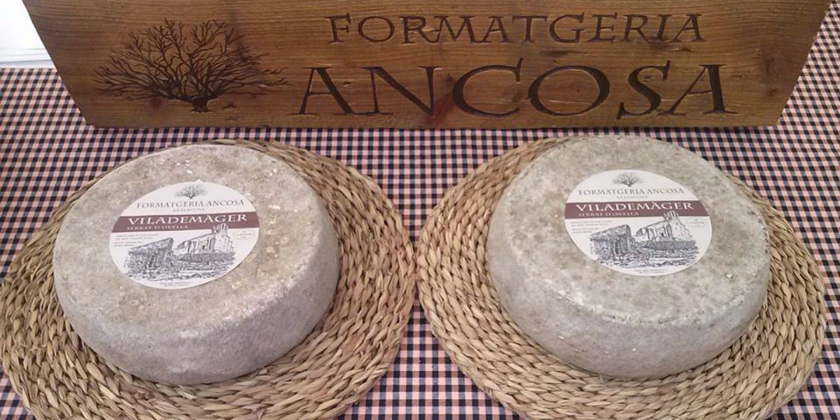La formatgeria Ancosa, empresaris de poble